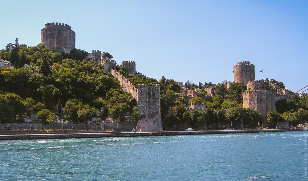 Крепость Румелихисар / Румели Хисары в Стамбуле: прогулка по Босфору