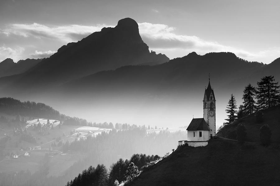 Альпийская церковь, Италия. Автор фото: Даниэль Рериха