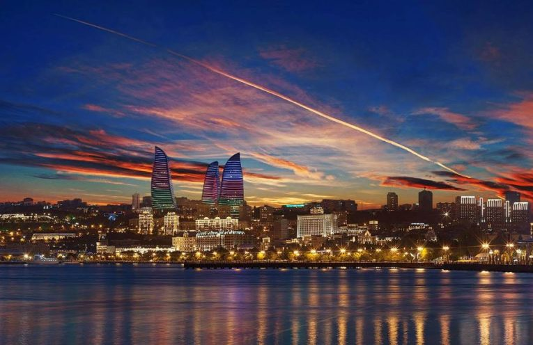 Дешевые авиабилеты Москва - Баку (Азербайджан)