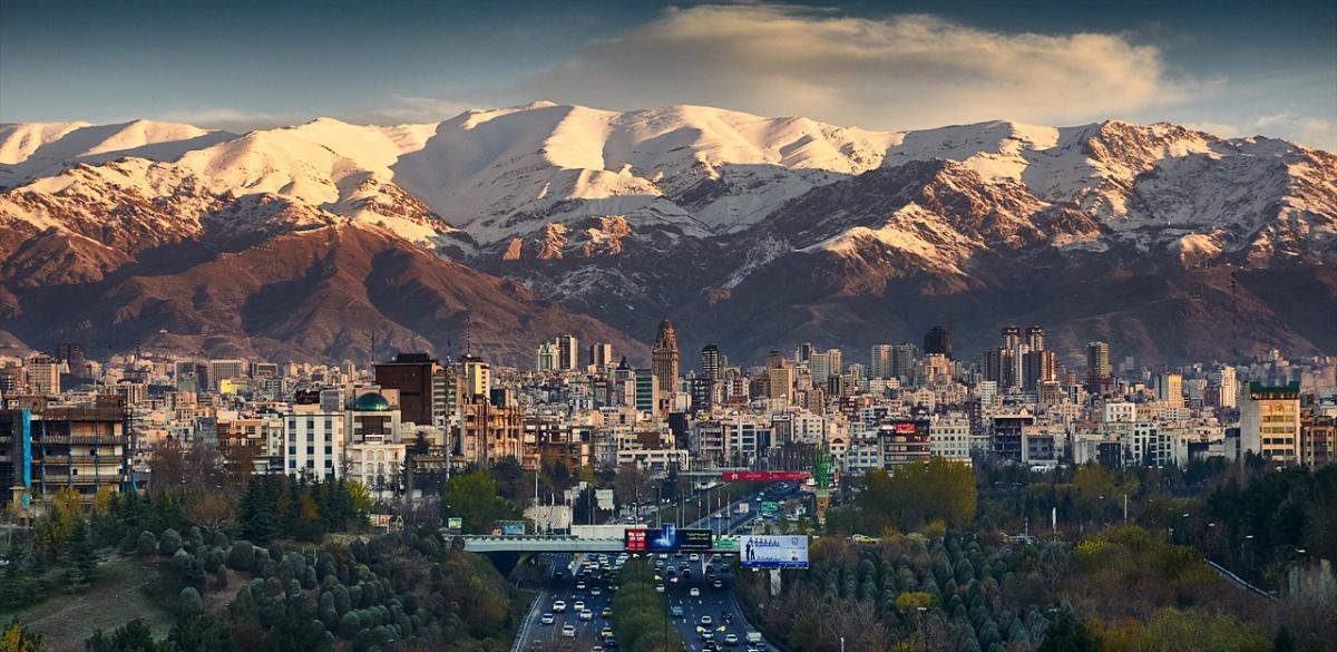 Дешевые авиабилеты Санкт-Петербург - Тегеран (Иран)
