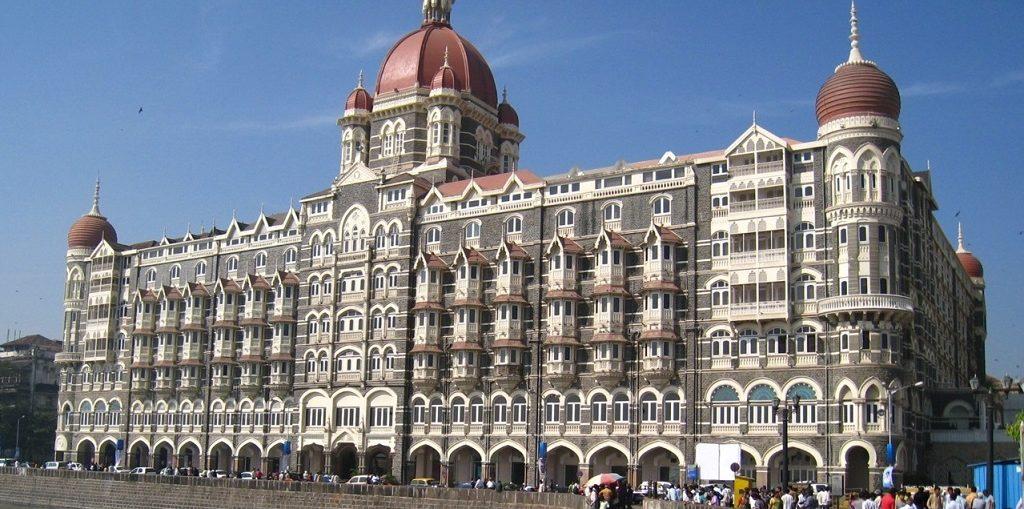 Дешевые авиабилеты Санкт-Петербург - Мумбаи (Индия)