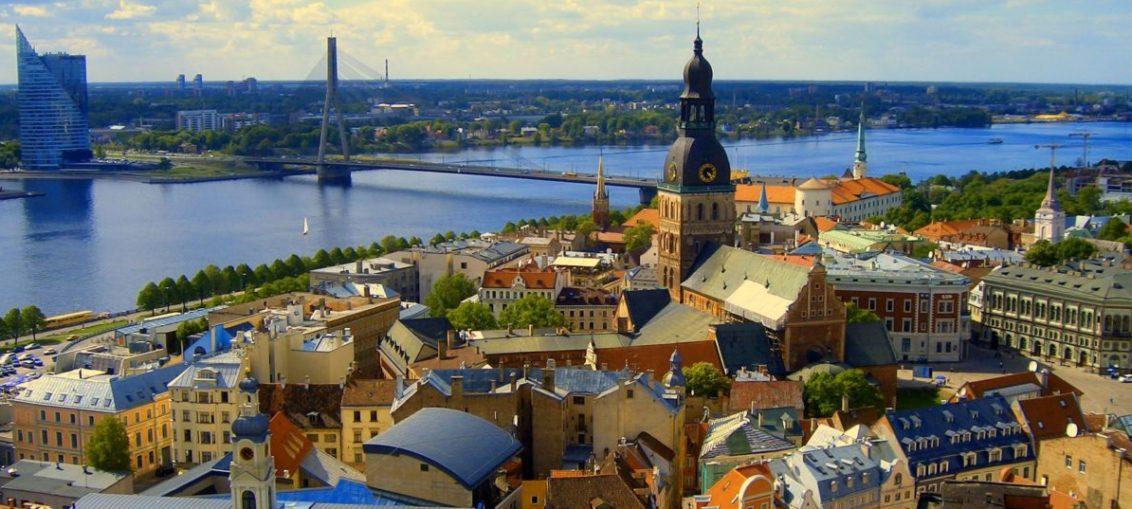 Дешевые авиабилеты Санкт-Петербург - Хельсинки (Финляндия)