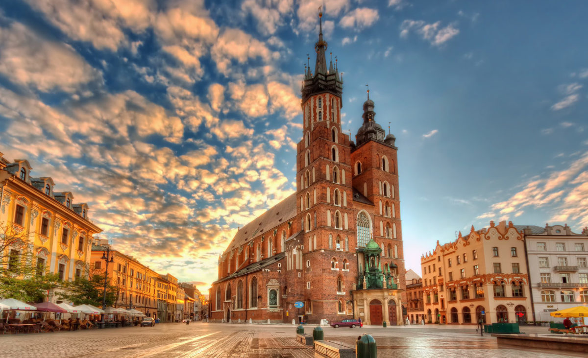 Дешевые авиабилеты в Польшу
