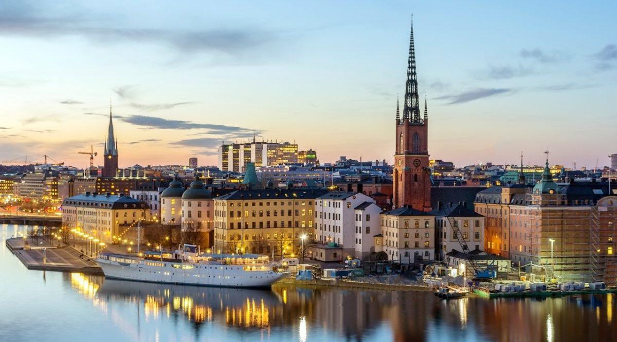 Дешевые авиабилеты в Швецию