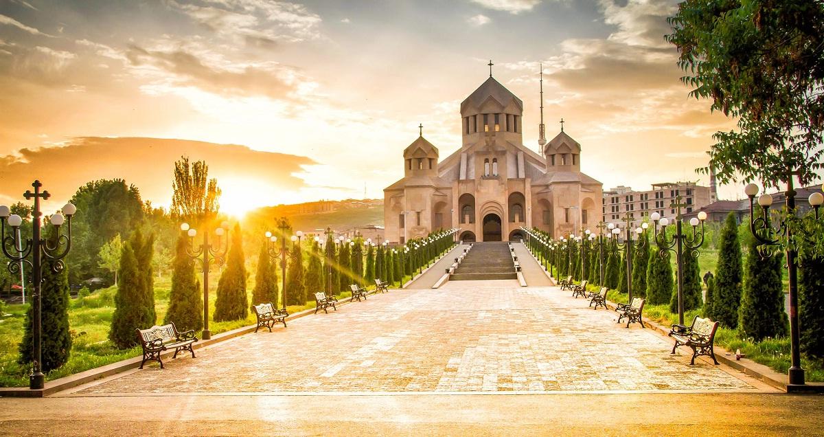 Дешевые авиабилеты Воронеж - Ереван (Армения)