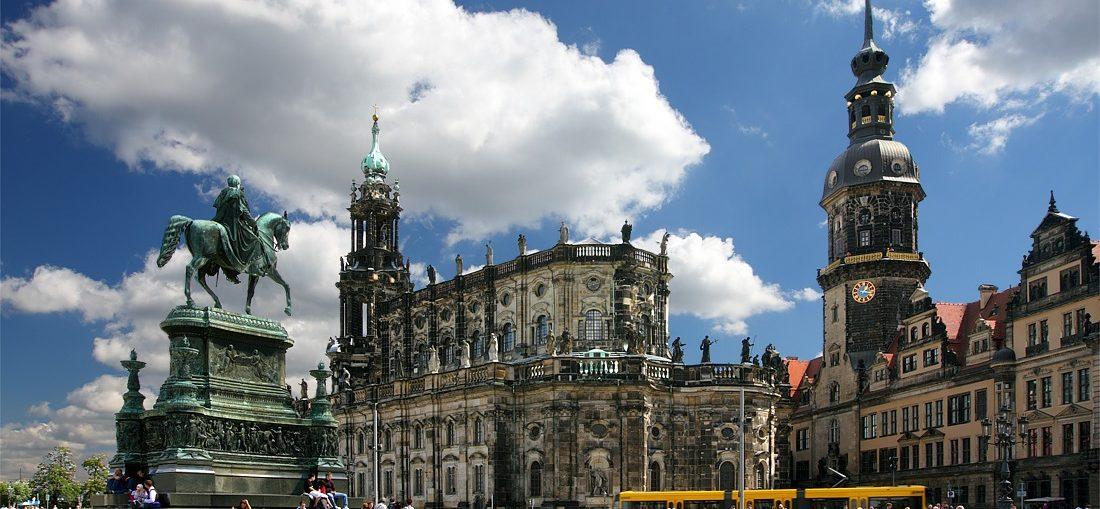 Дешевые авиабилеты Санкт-Петербург - Дрезден (Германия)