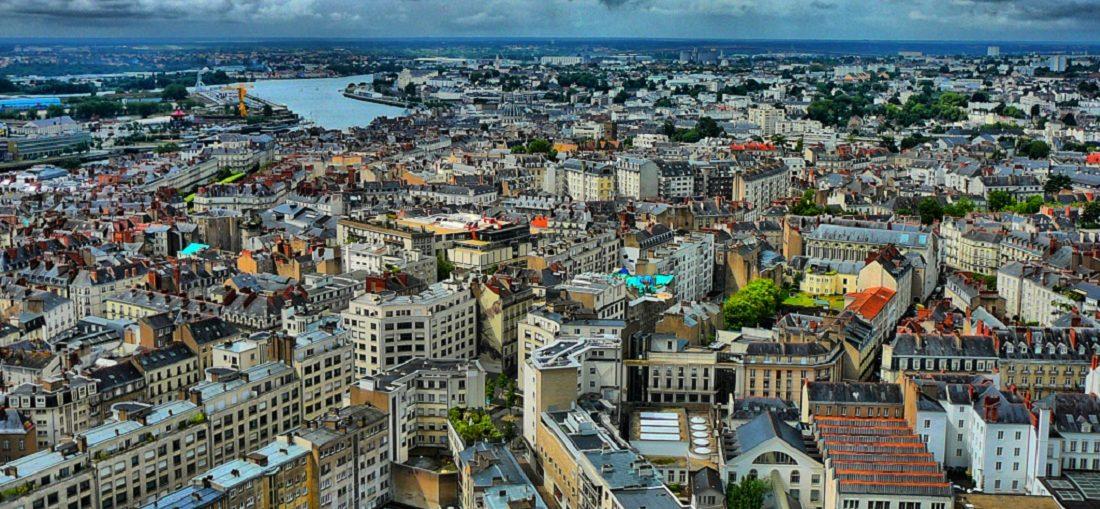 Дешевые авиабилеты Санкт-Петербург - Нант (Франция)