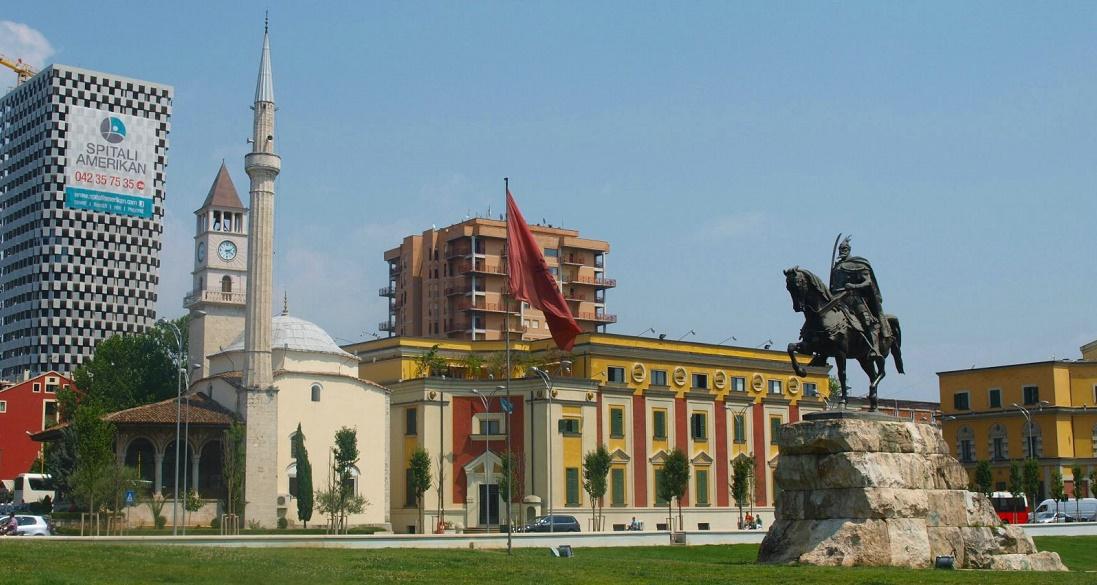 Дешевые авиабилеты Санкт-Петербург - Тирана (Албания)