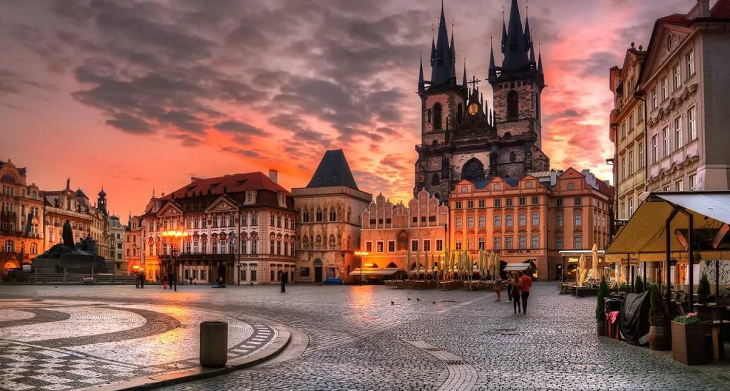Дешевые авиабилеты Иркутск - Прага (Чехия)