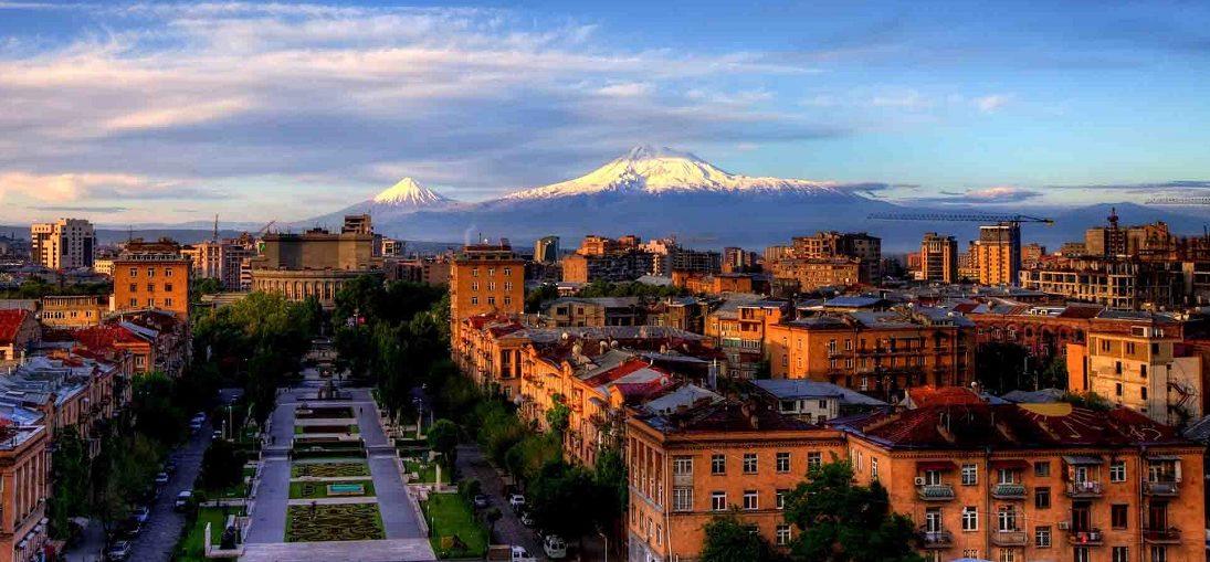 Дешевые авиабилеты Екатеринбург ⇄ Ереван (Армения)
