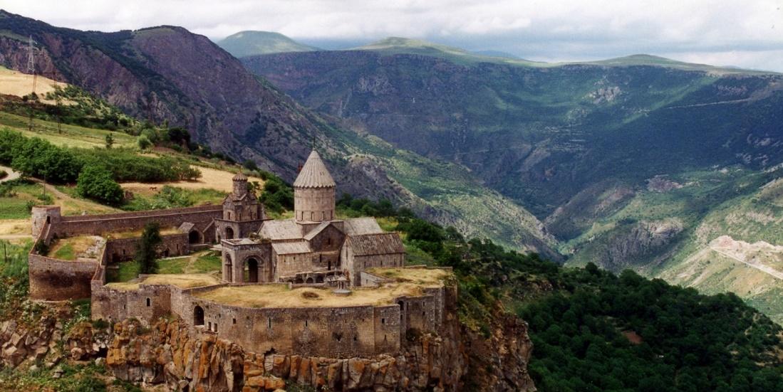Дешевые авиабилеты Иркутск ⇄ Ереван (Армения)
