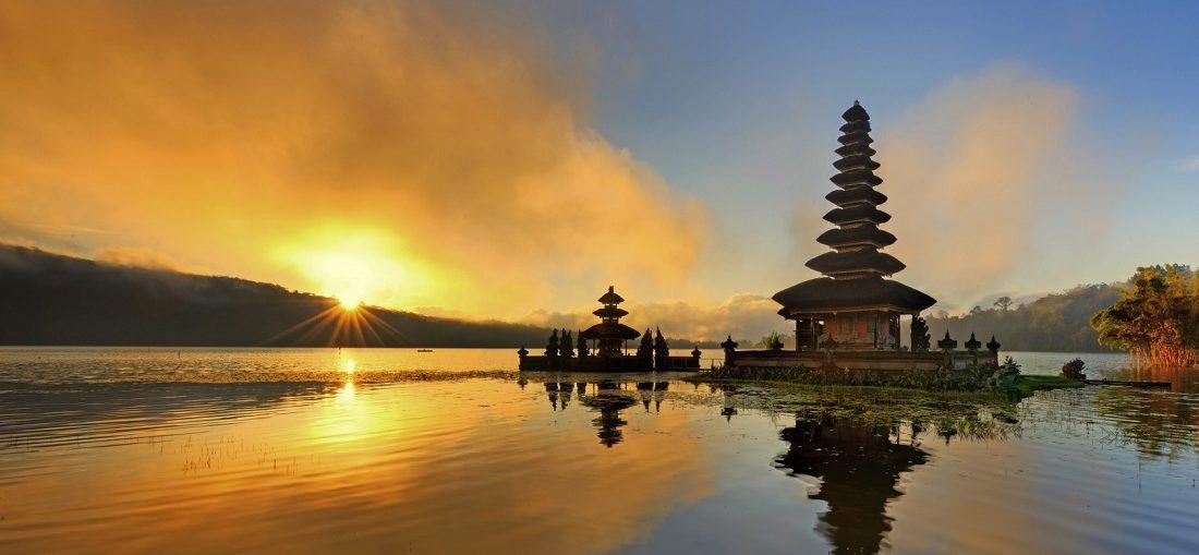 Дешевые авиабилеты Тюмень - Денпасар (Бали)