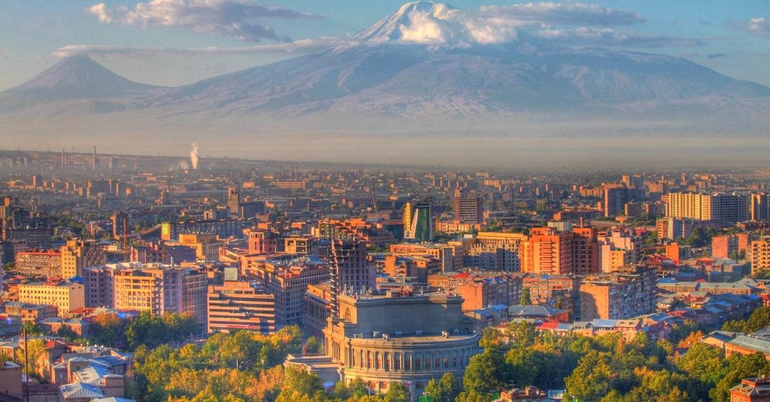 Дешевые авиабилеты Волгоград ⇄ Ереван (Армения)