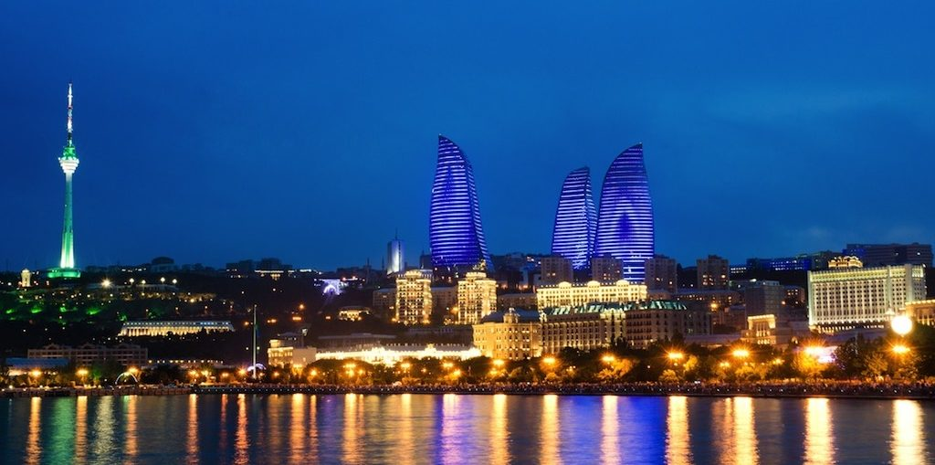 Дешевые авиабилеты Кемерово - Баку (Азербайджан)