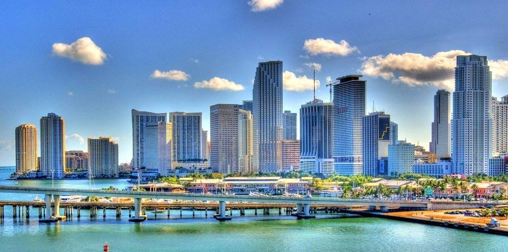 Дешевые авиабилеты Санкт-Петербург - Майами (США)