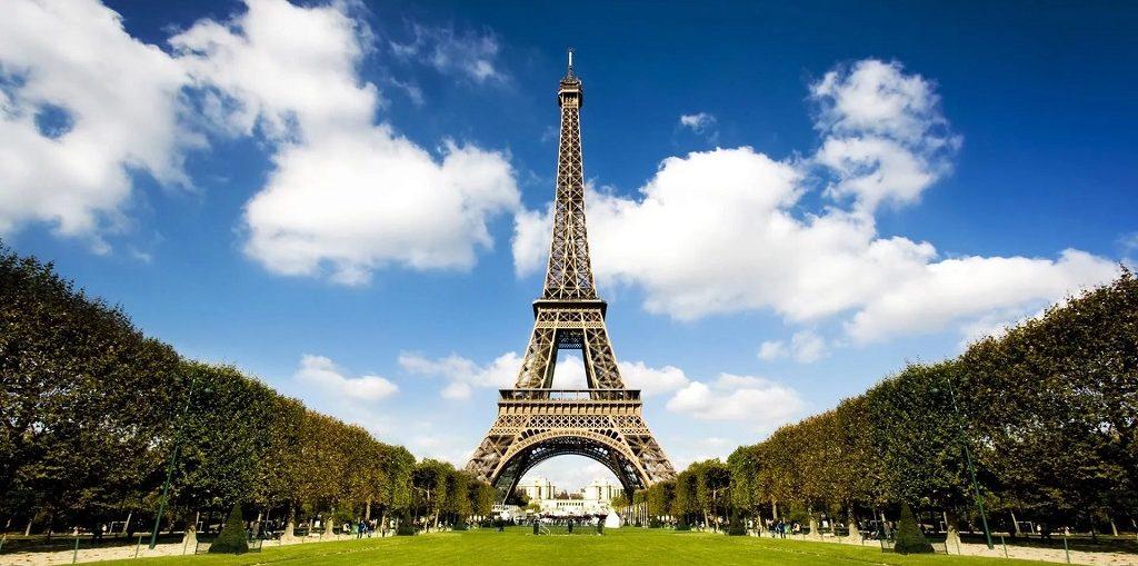 Дешевые авиабилеты Екатеринбург - Париж (Франция)