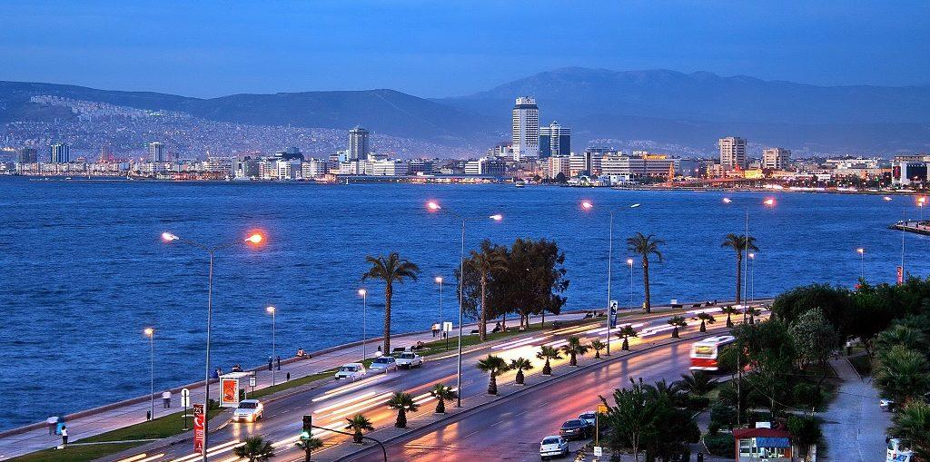 Дешевые авиабилеты Санкт-Петербург - Измир (Турция)