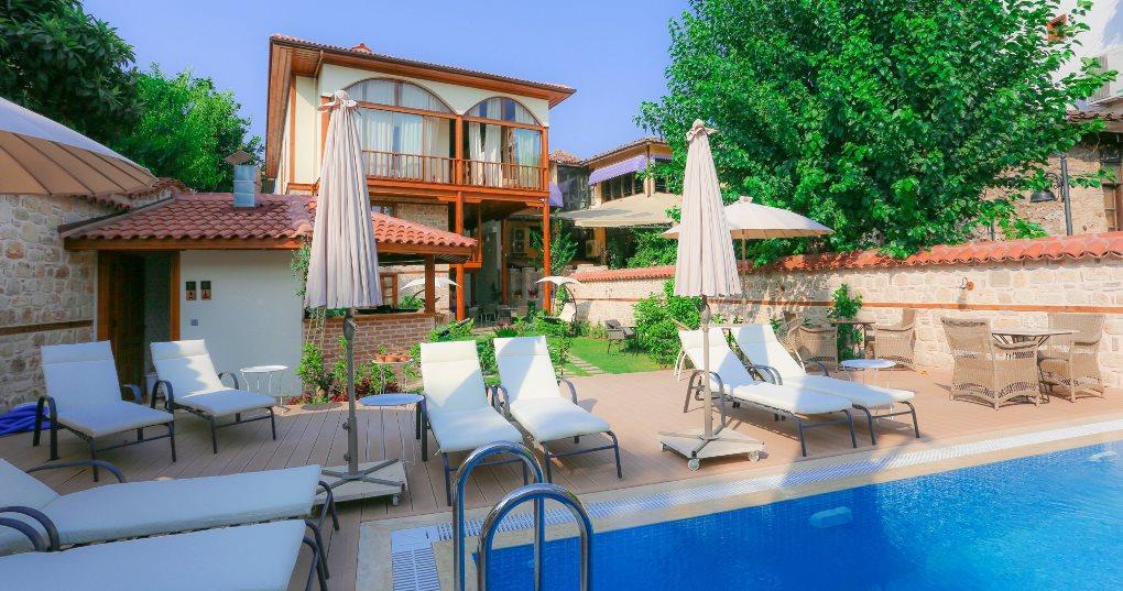 Лучшие по рейтингу отели Анталии
