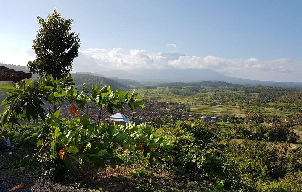 вулкан агунг 23