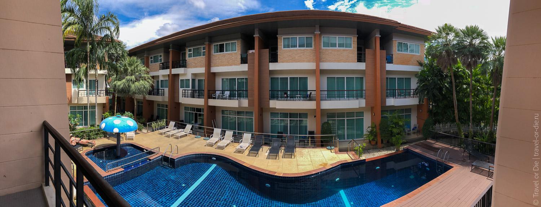 Wonderful-Pool-House-at-Kata-01
