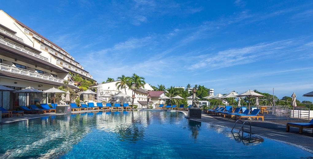 Лучшие отели 3 звезды на пляже Ката