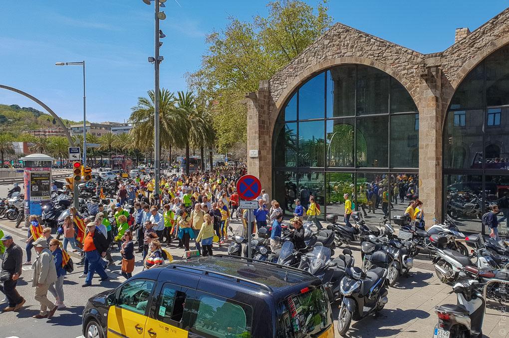 Барселона за 1 день. Экскурсия по Барселоне на автобусе 13