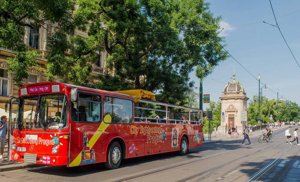 Экскурсии по Праге на автобусе