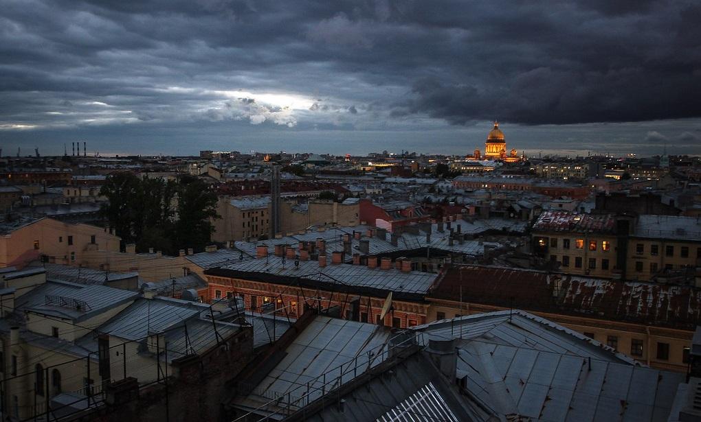 Ночная экскурсия по крышам Санкт-Петербурга