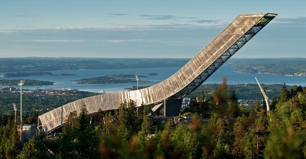 Достопримечательности Осло. Холменколлен и лыжный музей