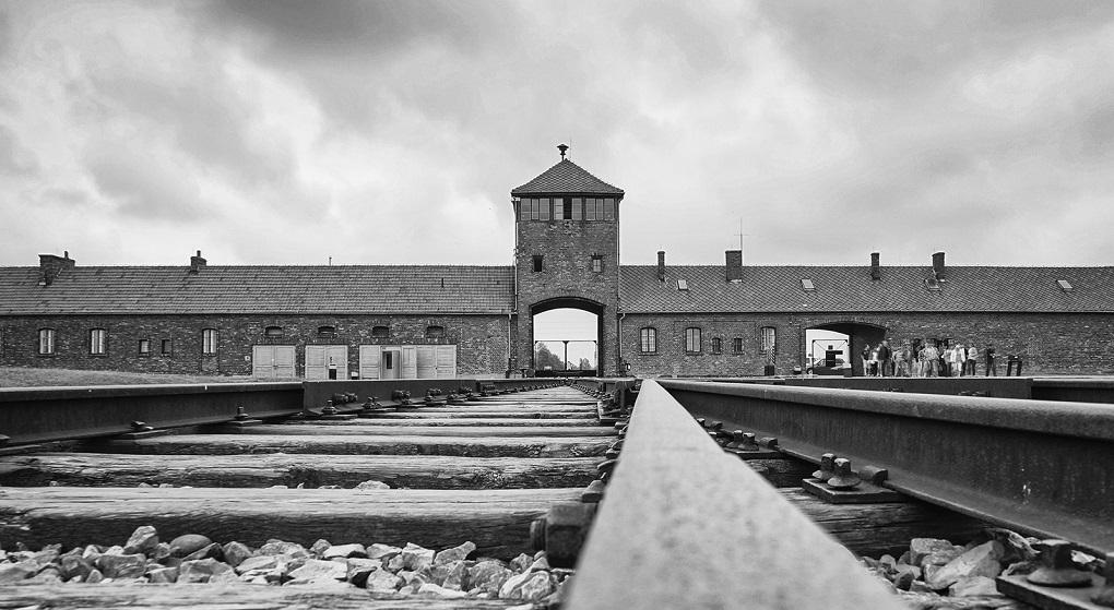 Экскурсия из Кракова в Освенцим