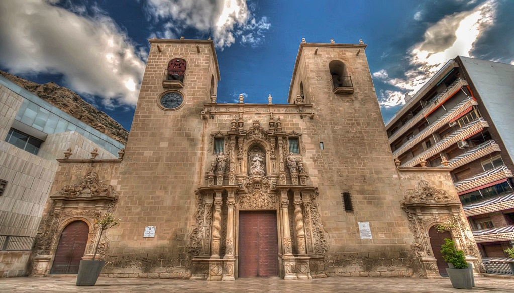 Достопримечательности Аликанте - Церковь Святой Марии