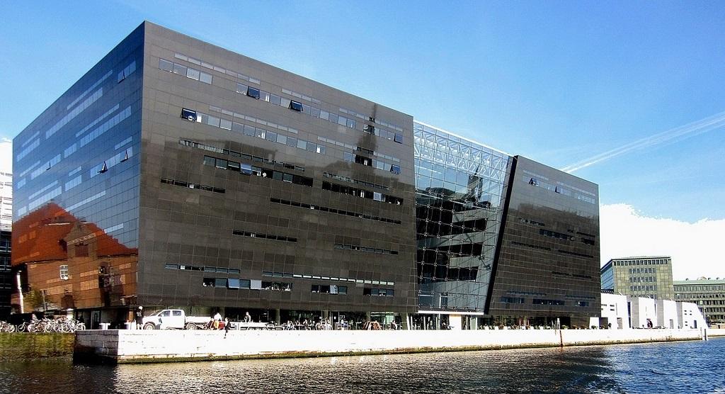 Достопримечательности Копенгагена - Королевская библиотека Дании