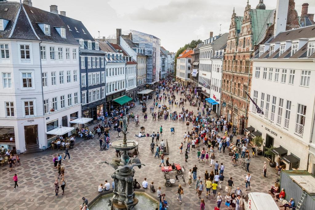 Достопримечательности Копенгагена - Улица Строгет