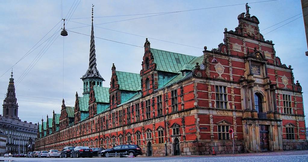 Достопримечательности Копенгагена - Здание биржи Берсен