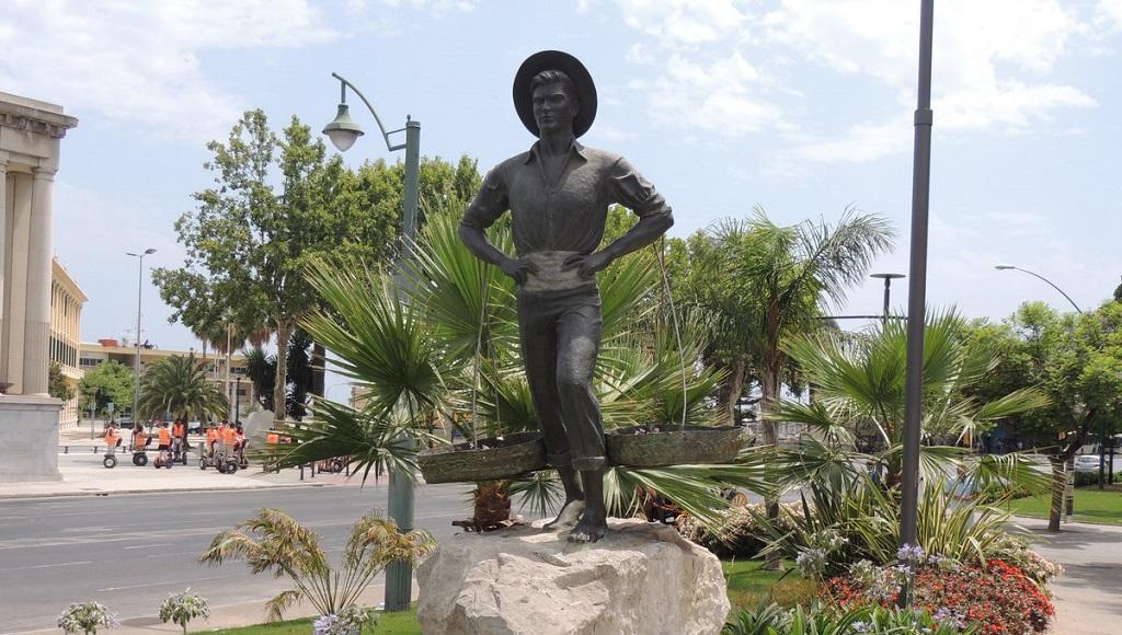 Достопримечательности Малаги - Статуя рыбака