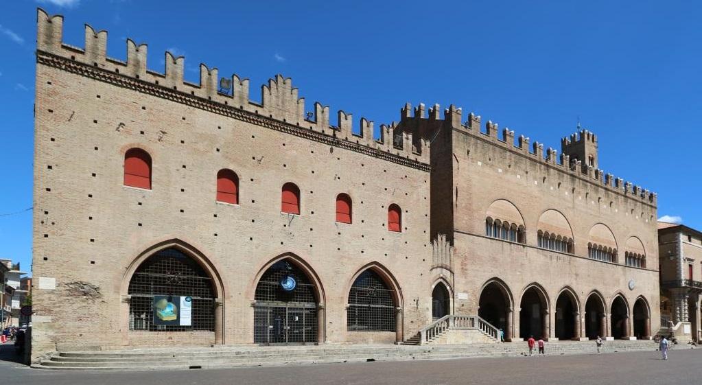 Достопримечательности Римини - Дворец Средневекового Собрания