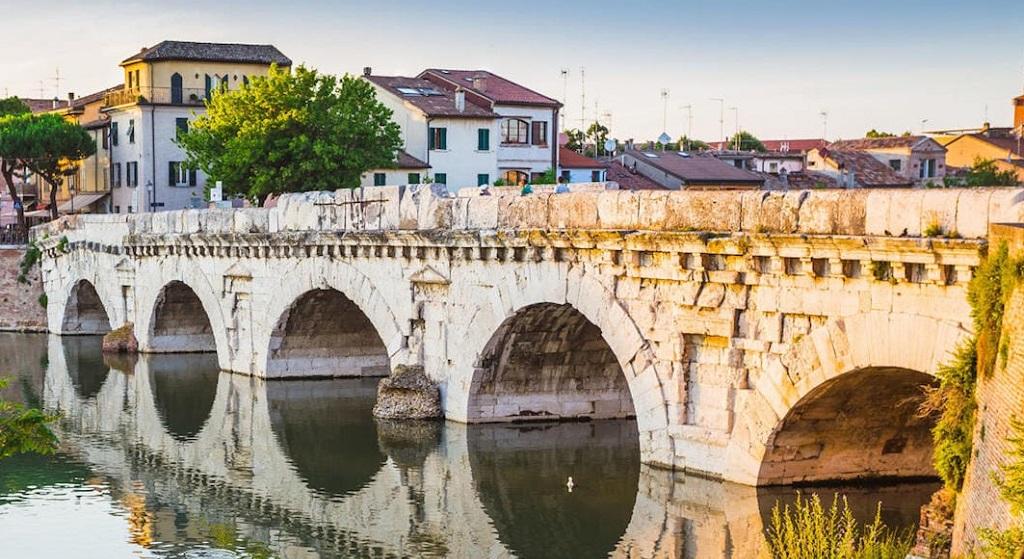 Достопримечательности Римини - Мост Тиберия