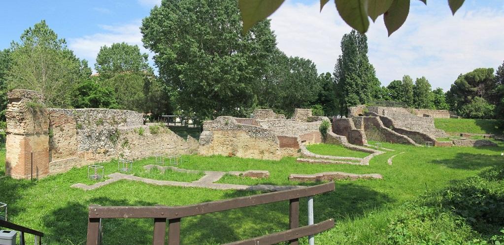Достопримечательности Римини - Римский амфитеатр