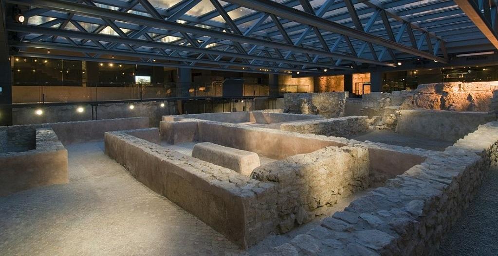 Достопримечательности Валенсии - Археологический музей «Ла-Альмойна»