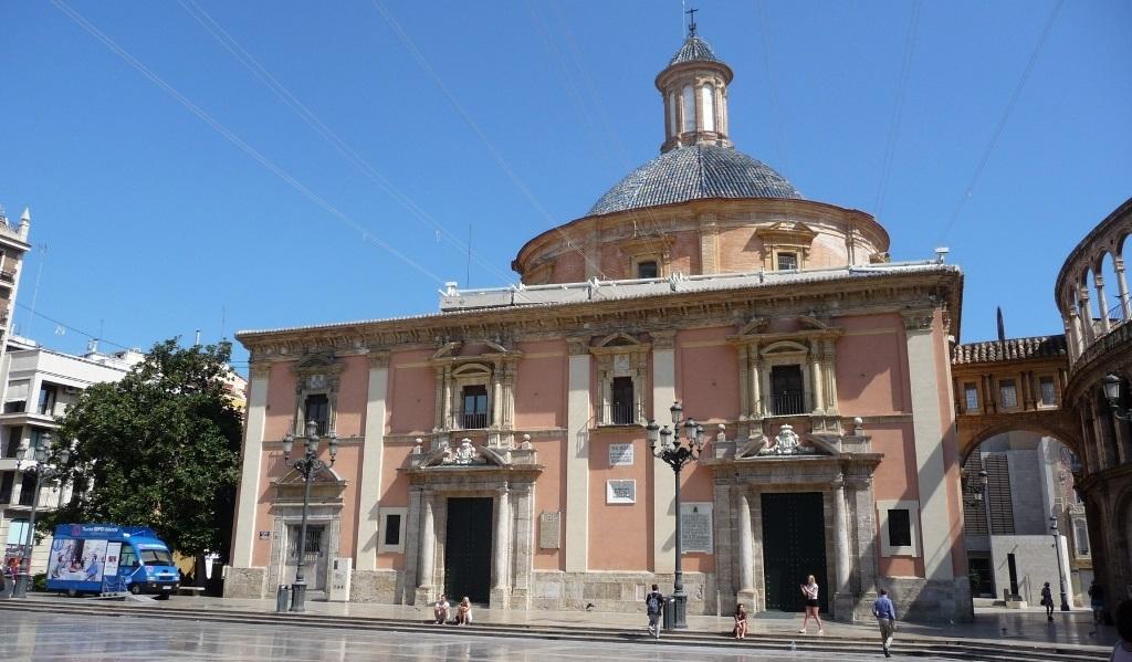 Достопримечательности Валенсии - Базилика Девы Марии Защитницы Обездоленных