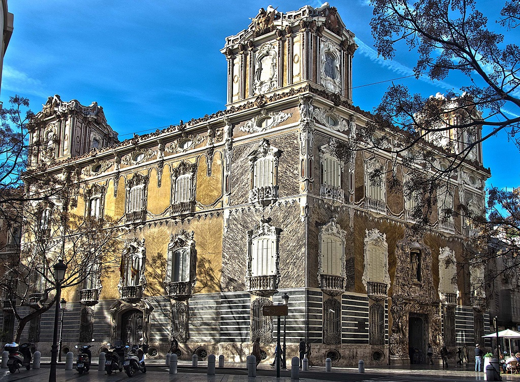 Достопримечательности Валенсии - Дворец маркизов Дос Агуас