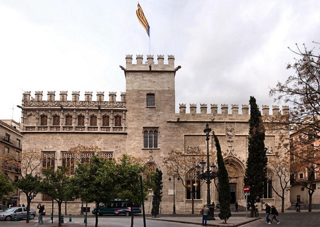 Достопримечательности Валенсии - Лонха-де-ла-Седа