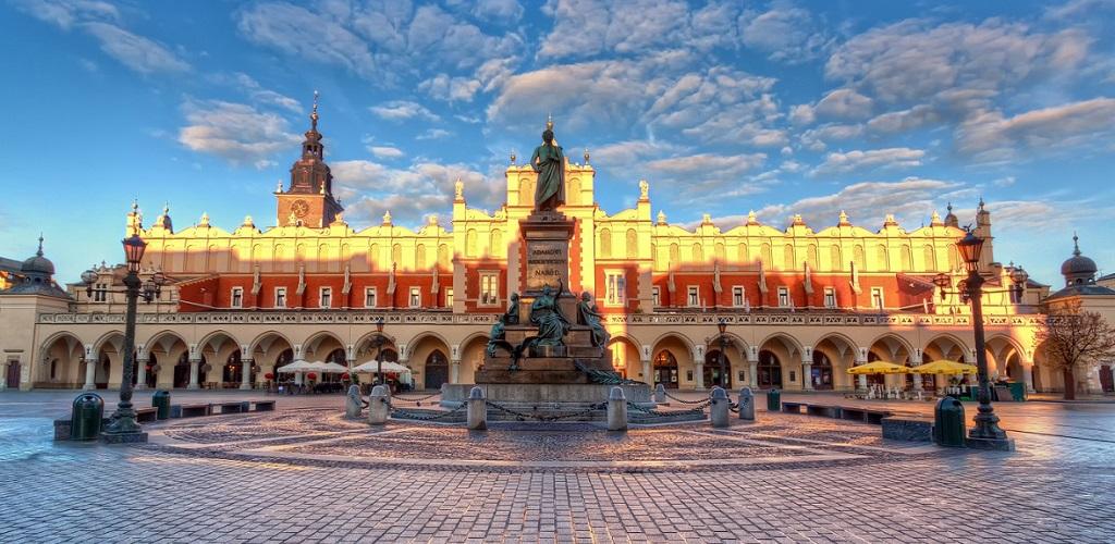 Достопримечательности Кракова - Рыночная площадь и Суконные ряды