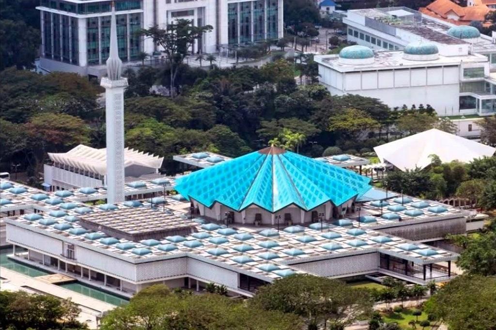 Достопримечательности Куала-Лумпура - Мечеть Масджид Негара