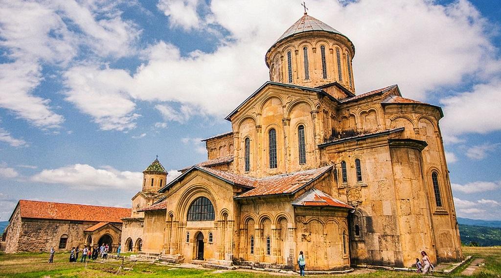 Достопримечательности Кутаиси - Гелатский монастырь