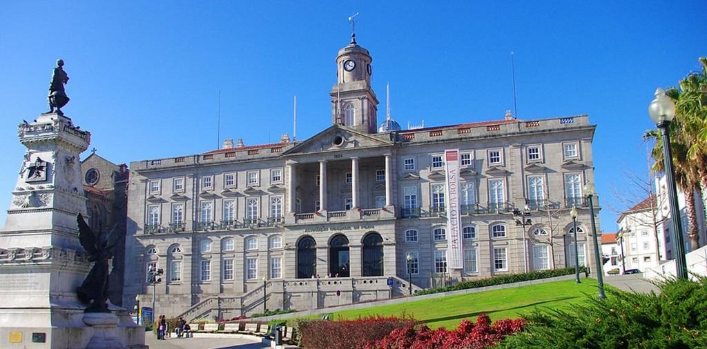 Достопримечательности Порту - Дворец Болса