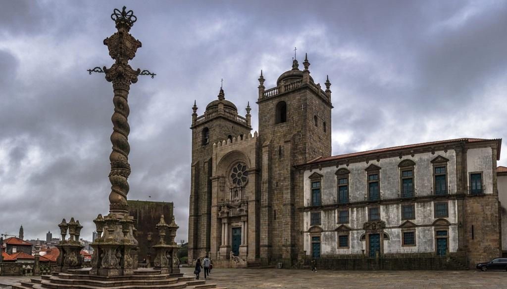 Достопримечательности Порту - Кафедральный собор Порту