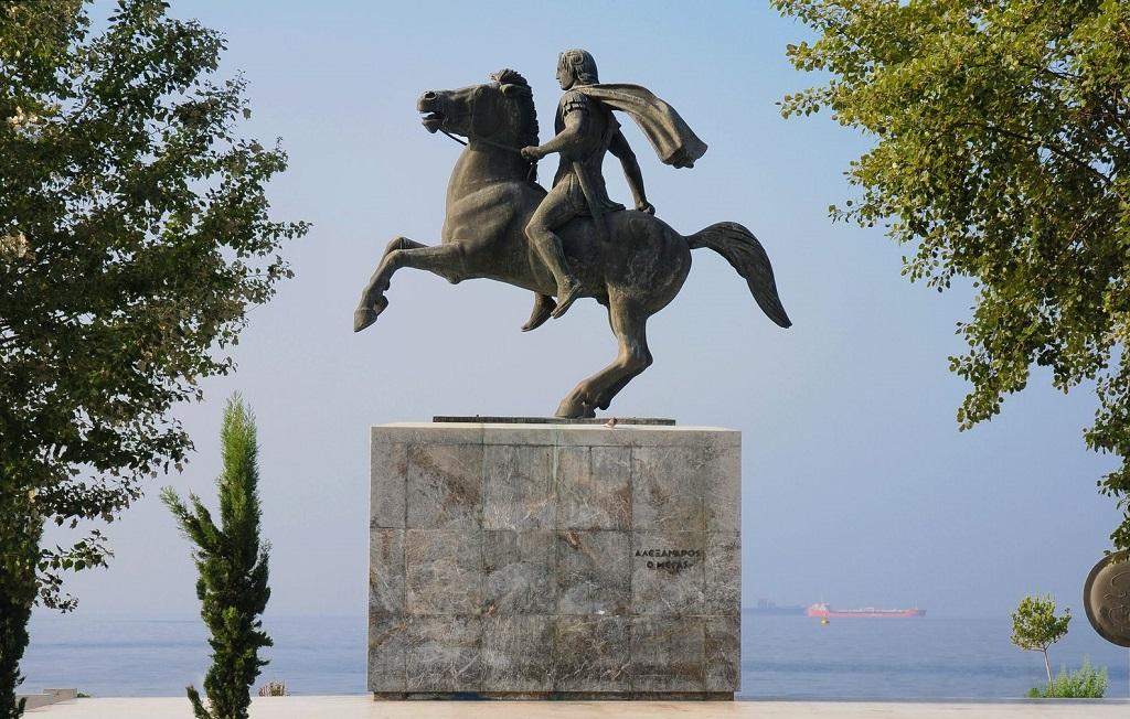 Достопримечательности Салоников - Памятник Александру Македонскому