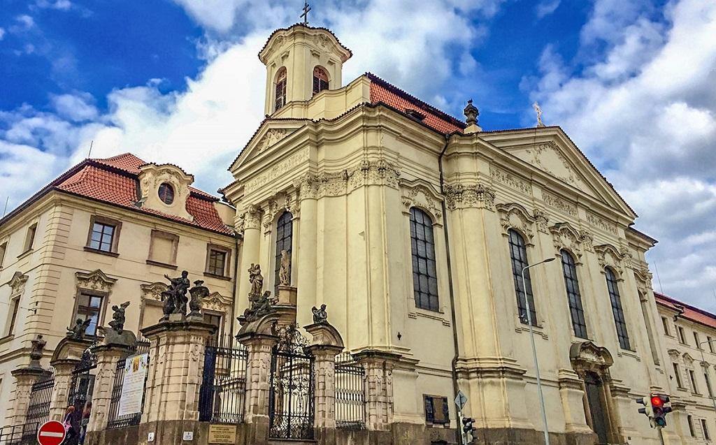 Достопримечательности Праги - Кафедральный собор святых Кирилла и Мефодия