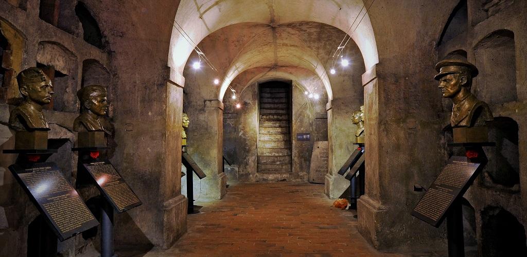 Достопримечательности Праги - Национальный мемориал памяти героев террора Гейдриха